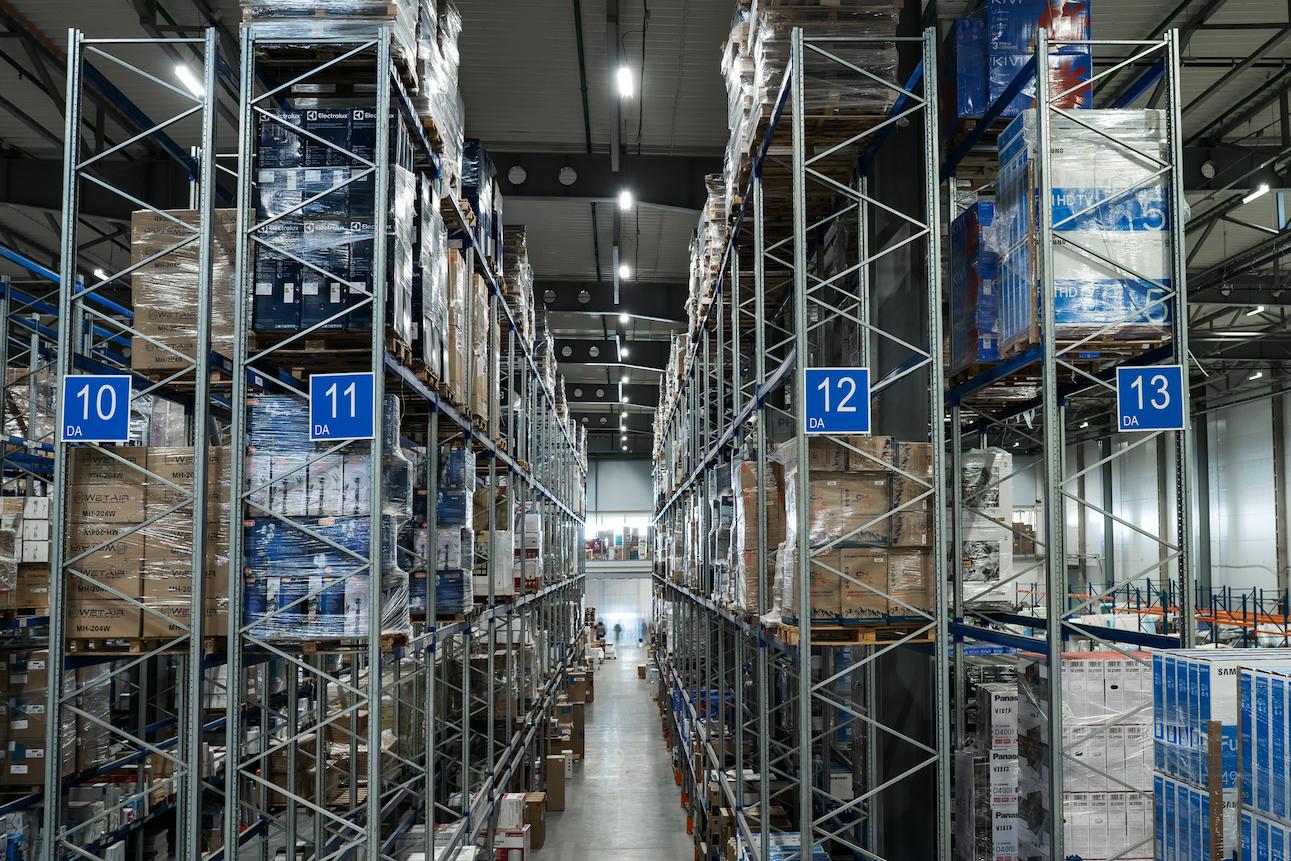 prom_svet_led_warehouse_10.png
