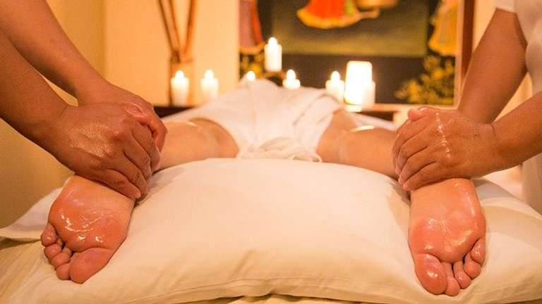 Holistic massage 60 minutes