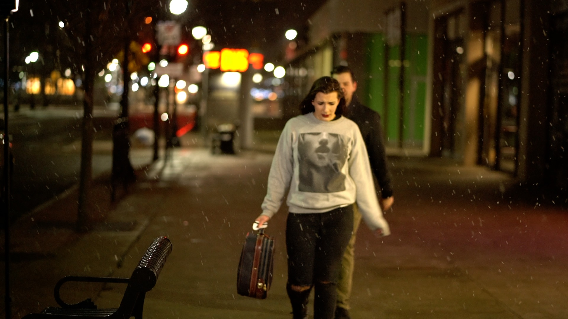 ayla walks away from mike