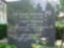 220px-Popper_gravesite.jpg