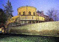 330px-Santa_Costanza_-_vista_dalla_basil