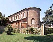 220px-Rom,_Basilika_Santa_Sabina,_Außena