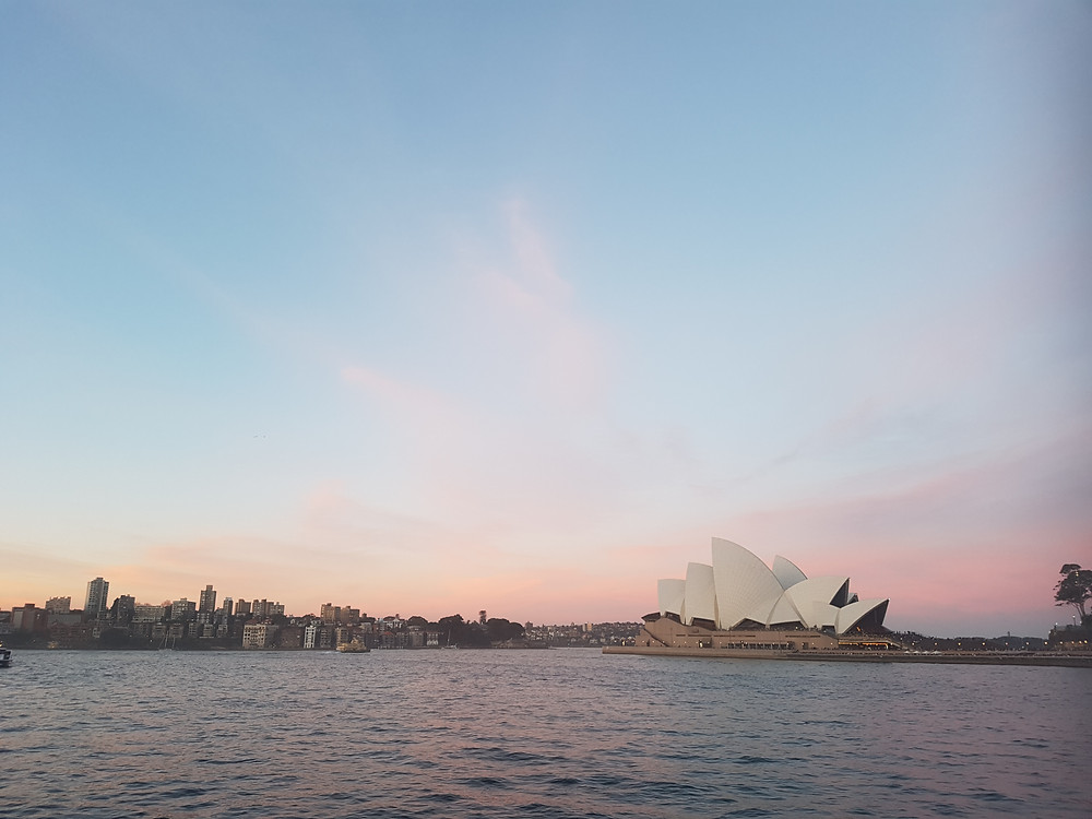 Cotton candy skies above the Sydney Opera House. I love Spring!