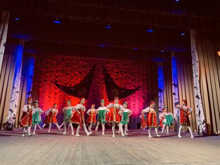Красносулинские детские садики поучаствовали в фестивале Районного Дворца культуры.