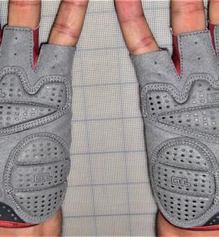 custom Wheelchair gloves | custom cycling gloves | custom team cycling gloves | cycling gloves | padded cycling gloves
