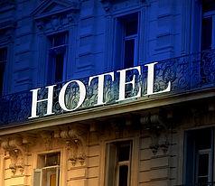 shutterstock_43959589 - bicolor hotel si