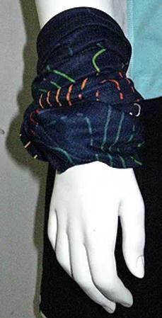 Trade Show giveaways | Custom Neck Gaiters With Logo | Custom multi headwear with logo | Custom logo printed face shields | Custom Multifunctional Headwear | Head Wrap | Headband | Bandana | Balaclava | Custom headwear for chemo patients