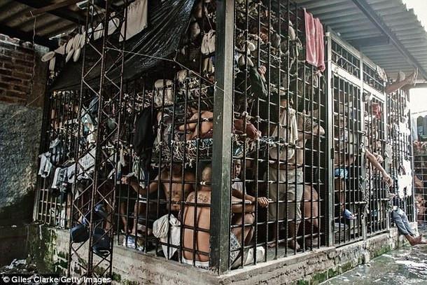 cadeia.jpg