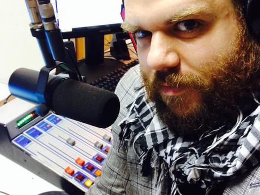 Esquisito Rádio Clube ganha página especial no Chic Pop!