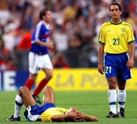 Figura III Edmundo durante a final da Copa de 1998.