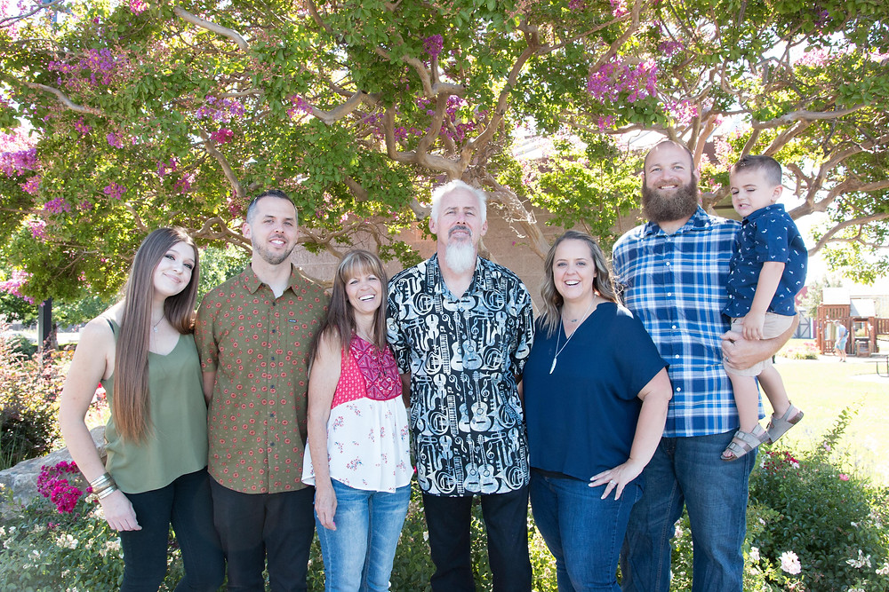 Rocklin Quarry Park Family Photo Session Mom Dad Adult Two adult Children and their spouses and 1 grand son in front of a crape myrtle tree