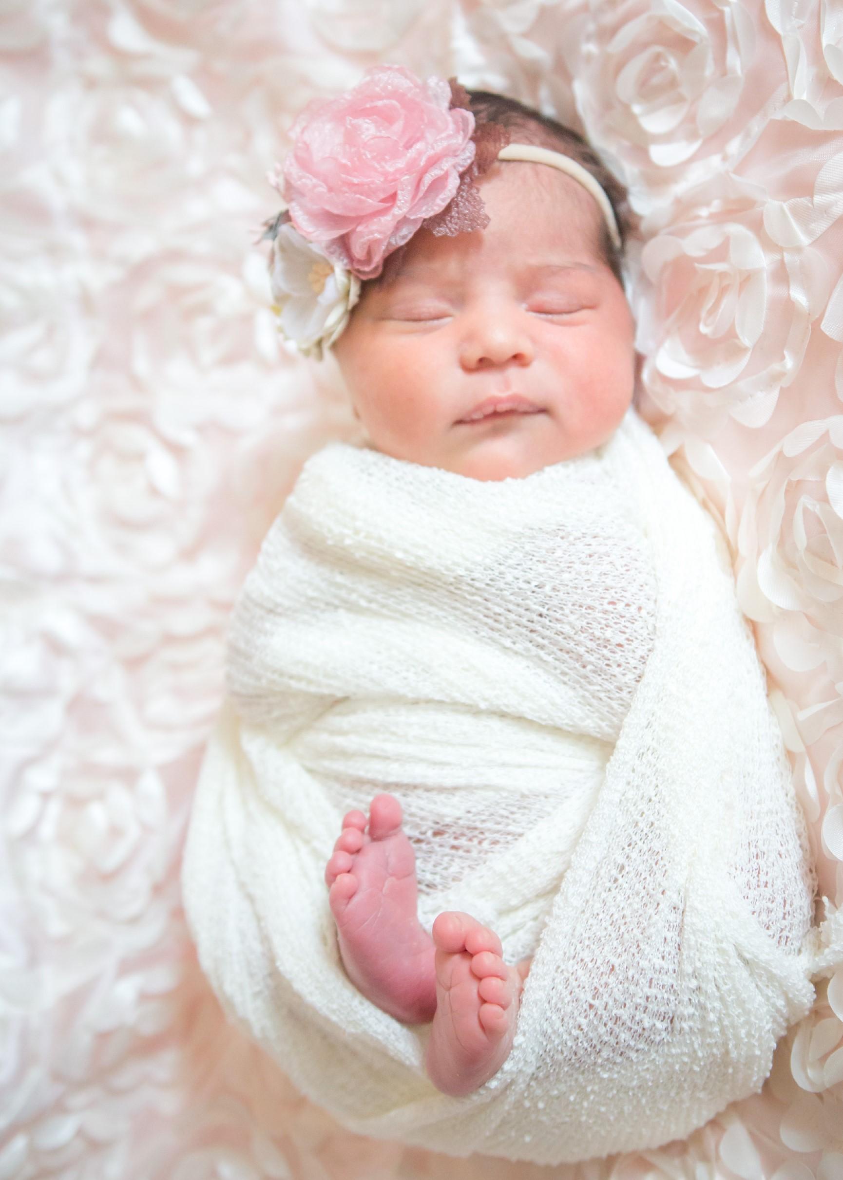 Newborn (1 of 49)