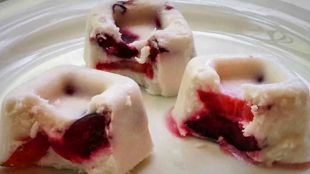 מקפאי סורבה קוקוס עם פירות