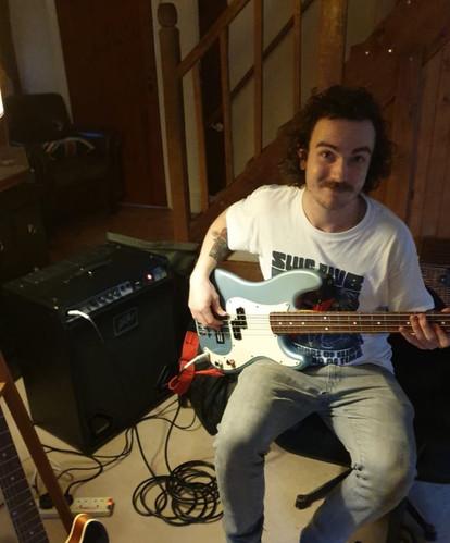 Peavey MAX 115 God's Own Guitars
