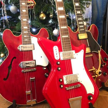 Three Wise Men 2019 - Three Red Guitars