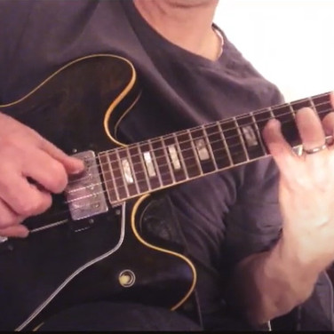 1977 Gibson ES-335, Cry Me A River