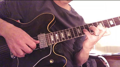 Cry Me A River 1977 Gibson ES-335 Video