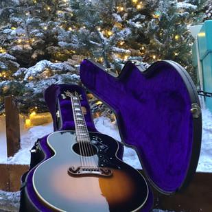1993 Gibson J-200 - Merry Christmas!