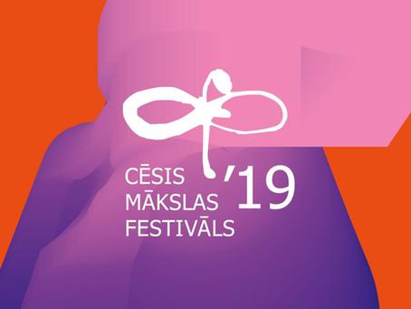 Cēsu Mākslas festivālam izveidota mākslīgā intelekta atbalstīta saziņas platforma