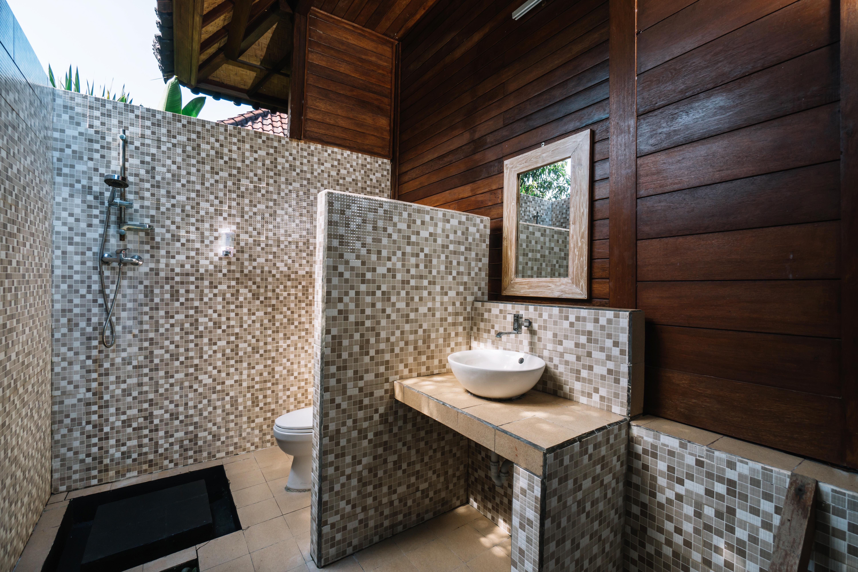 The Cozy Villa Bathroom (7)