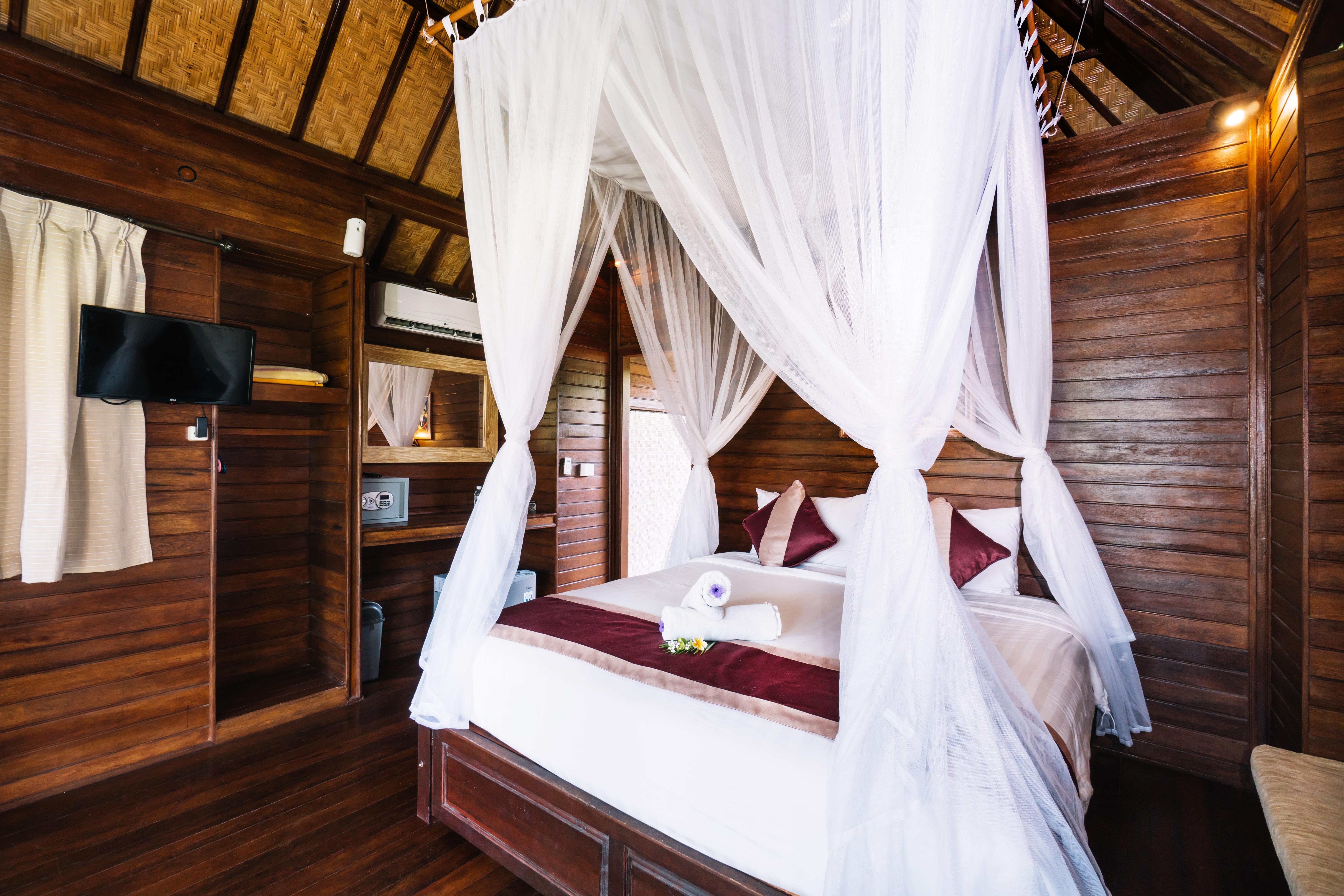 The Cozy Villa Bedroom (7)