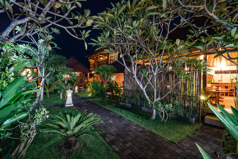 The Cozy Villa Night (1)