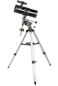 Quantum Optics 114-1000 EQ reflector telescope.JPG