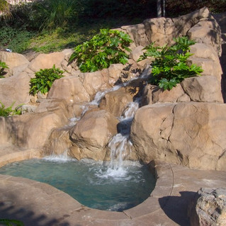 spa-waterfall-and-artificial-rock-work-s