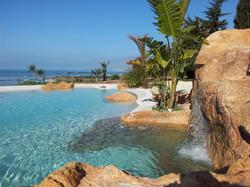 piscina con spiaggia16