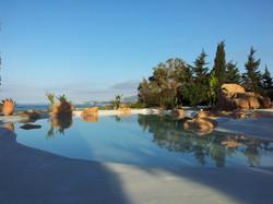 piscina con spiaggia13
