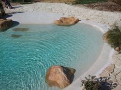 piscina con spiaggia 9