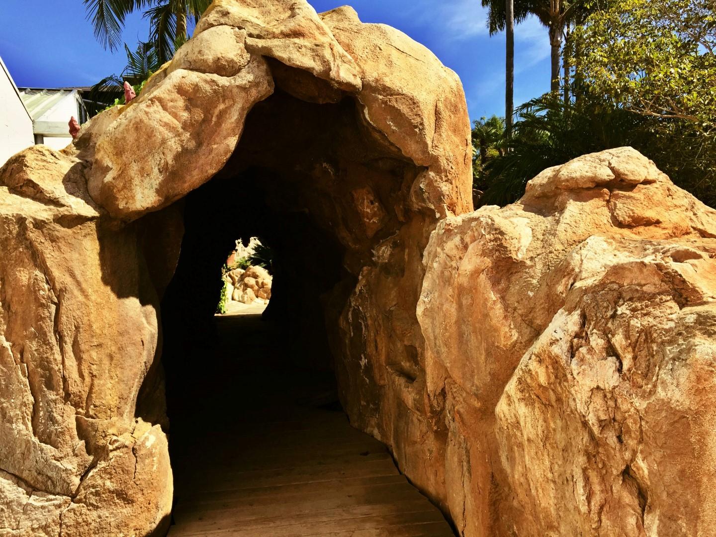 Grotta in roccia artificiale