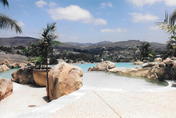 swimming-pools-fish-ponds-44