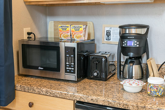Kitchenette wih Microwave, Toaster, Coffeemaker