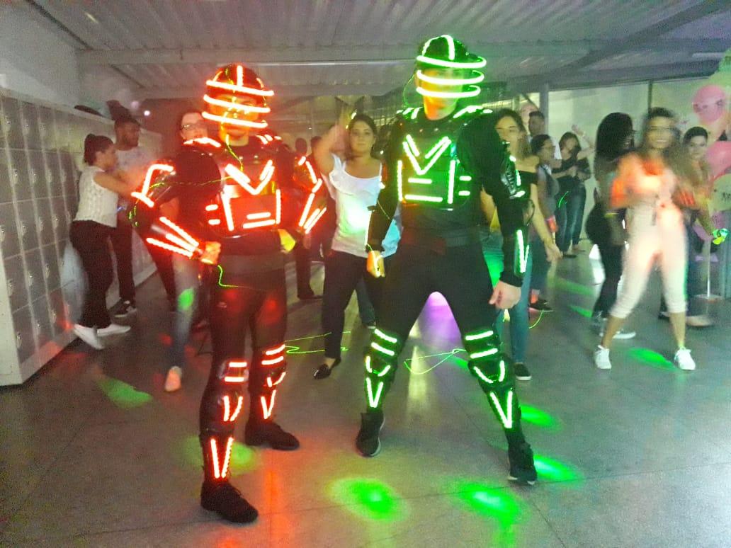 Dançarinos de Led