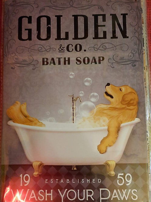 Golden Retriever in bad  WW023