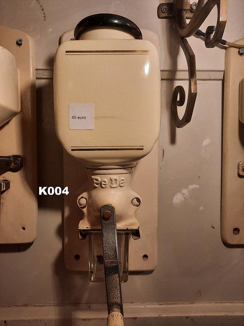 Oude koffiemolen PEDE K004