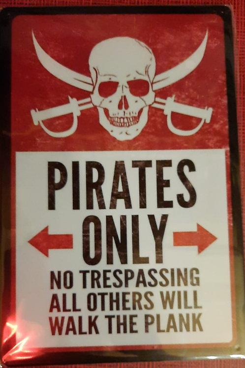 Pirates Only  WW011