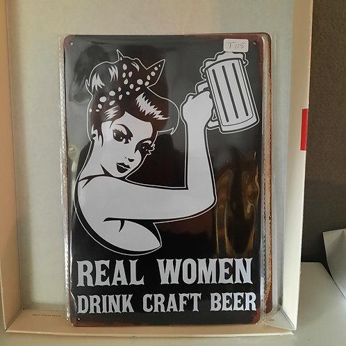 Real Women drink Craft Beer T115
