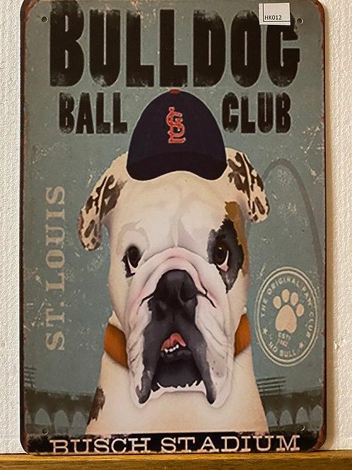 Bulldog ball play HK012