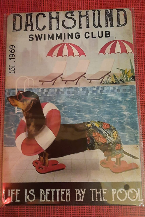 Dachshund Swimming Club  HK0108