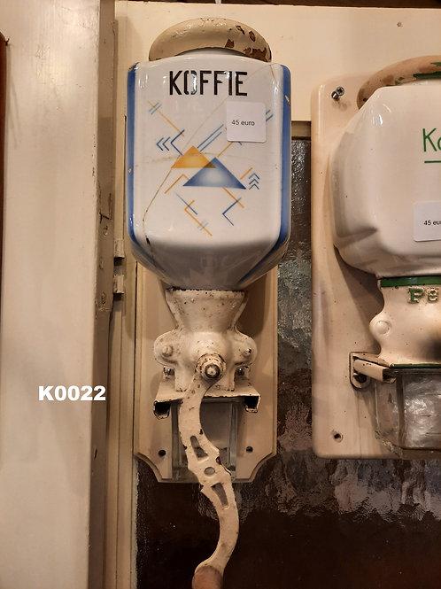 Oude koffiemolen met apart motief K0022