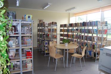 Kaisma raamatukogu