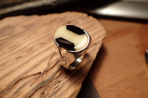 Mens Whitby Jet and Honey Amber Ring