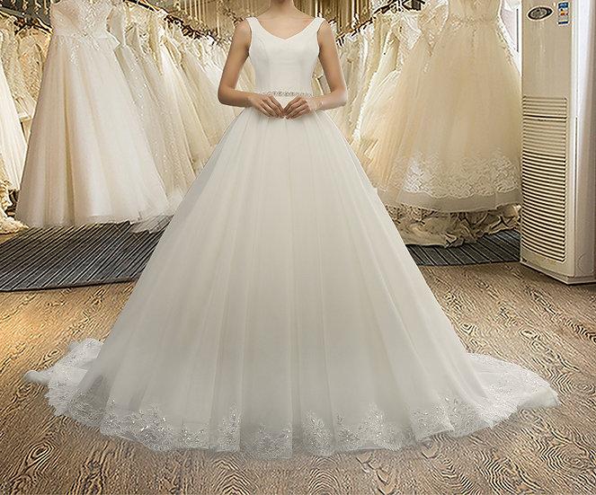 V-neck Lace Sleeveless A-line Crystal Belt Wedding Dress