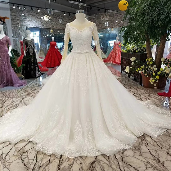 O-neck long sleeve ball gown