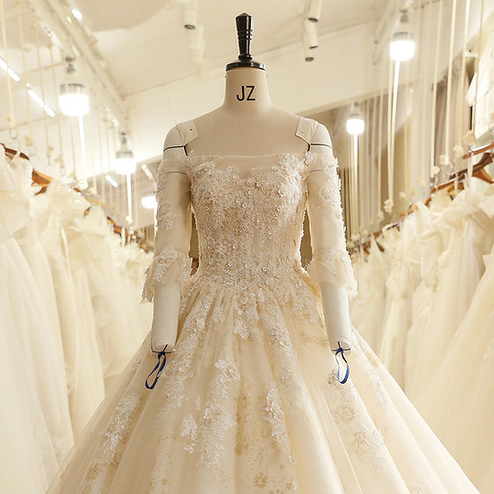 Strapless Backless Lace Appliques Beads Three Quarter Sleeve Wedding Dress