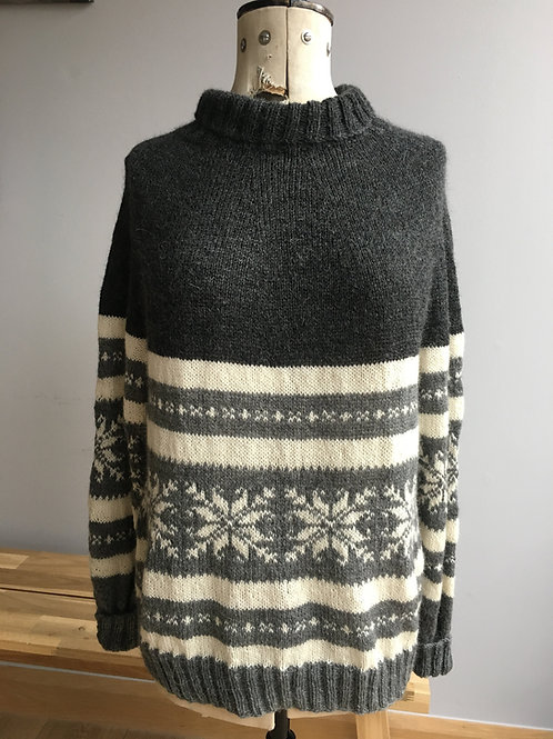 Cariad Christmas Sweater Pattern