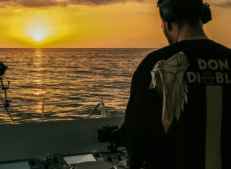 WATCH DON DIABLO PERFORM ON AN EPIC MOTOR CRUISER IN IBIZA!