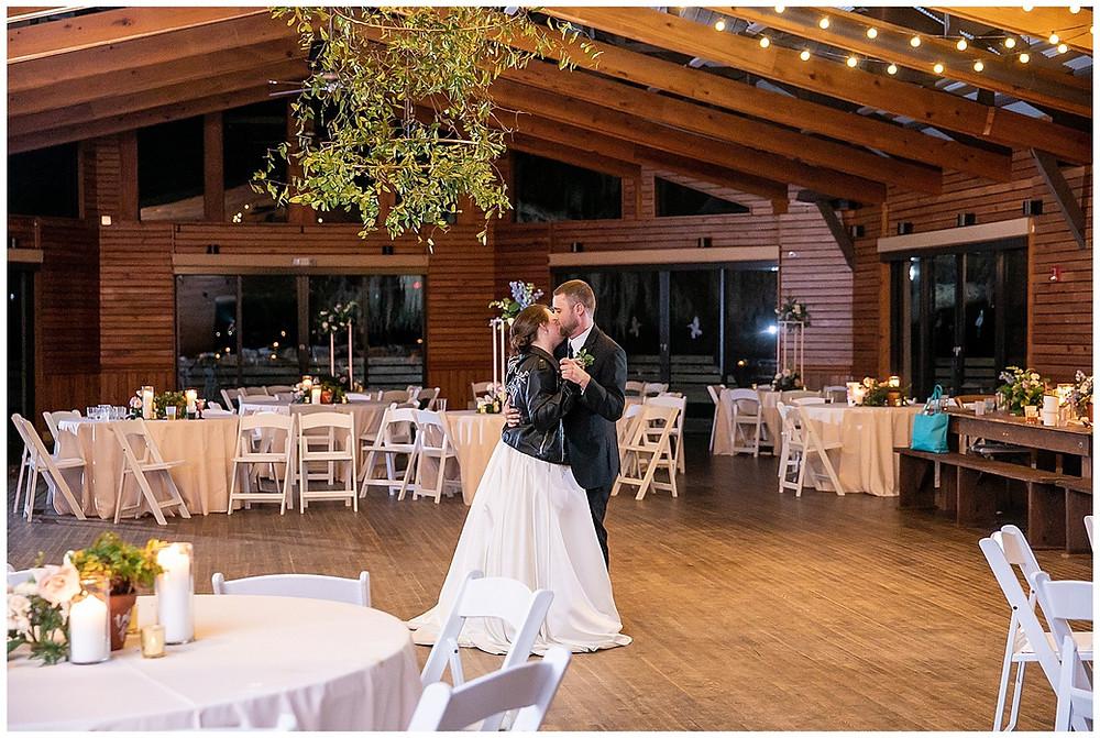 last dance, first dance, husband and wife, bride and groom, wedding dance, wedding day, walker's landing, Amelia island, Amelia island wedding, walker's landing wedding